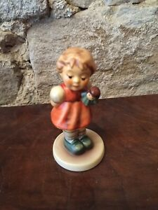 Goebel Hummel Mädchen mit Puppe Top Zustand