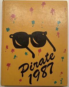 1987 WINFIELD HIGH SCHOOL YEARBOOK, THE PIRATE, WINFIELD, AL