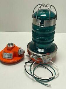 Dialight 860-2G01-001 Green LED Obstruction Light, Vigilant 860 Series, 120VAC