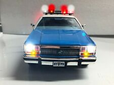 """NYPD LTD """"WORKING LIGHTS"""" 1988 FORD CROWN VICTORIA WAGON POLICE 1/18 DIECAST"""