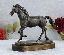 Eisenfigur Pferd Skulptur Figur Pferdefigur Tierfigur Statue Hengst Deko Holz
