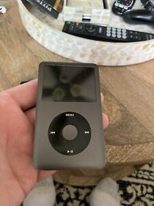iPod Classic 120GB Model A1238 (5th generation) iTunes mp3 music player