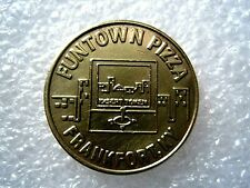 4 Game Tokens Silver /& Gold Tone Shakey/'s Pizza