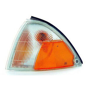 GM2520149 Park/Side Marker Lamp Assembly Driver Side Fits 1989-1994 Geo Metro