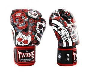 Twins 12oz Red Skull Boxing Gloves