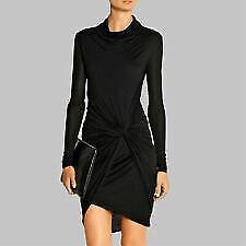Women's Minimalist Dresses
