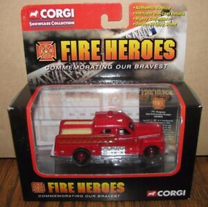 Corgi Fire Heroes Seagrave CS90043  70th Anniversary Pumper Truck 1/64  2002 New