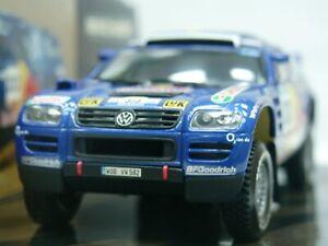 WOW EXTREMELY RARE VW Touareg 2.5 TDi #313 Kankkunen Dakar 2005 1:43 Minichamps
