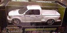 2002 Ford F-150 Slammed White Pickup truck 1:18 Ertl American Muscle 33348