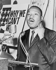 CIVIL RIGHTS LEADER MARTIN LUTHER KING JR. 8X10 PHOTO