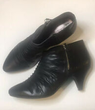 womens boots size 11 preowned