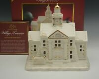 LENOX 2010 MISTLETOE PARK TOWN HALL WITH CLOCK TOWER NEW IN BOX HTF LIGHTED