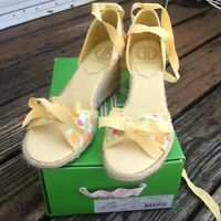 Lilly Pulitzer Minnie Espadrilles Wedge Heels 8 Shoes White Fresh Squeezed NEW