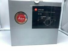 Leica M M8 10.3MP Digital Camera. Silver. With all papers. #3195231