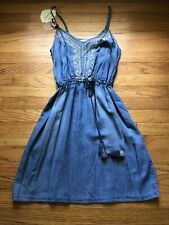 NWT Women's Clothing Knox Rose Denim Chambray Embroidered Dress M