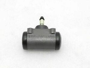 WILLYS JEEP FRONT RIGHT HAND WHEEL BRAKE CYLINDER ASSEMBLY