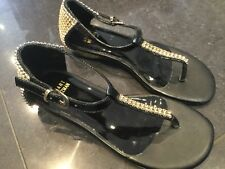 Stuart Weitzman New & Genuine Girls Black Leather Sandals UK 12, EU 31 With Logo