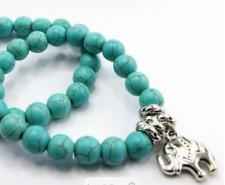 Bracelet Turquoise reconstituée avec breloque éléphant