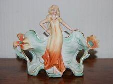 Jardinière Art Nouveau, Jugendstil, d'époque, femme et fleurs, biscuit