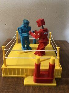 2001 Mattel Rockem Sockem Classic Boxing Match Robots Fighting Ring Used