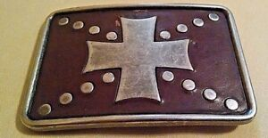 CROSS BELT BUCKLE LEATHER BACKGROUND SILVER METAL USED UNMARKED RECTANGULAR.
