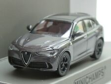 Minichamps Alfa Romeo Stelvio Quadrifoglio, 2018, grau met. - 870 120201 - 1:87