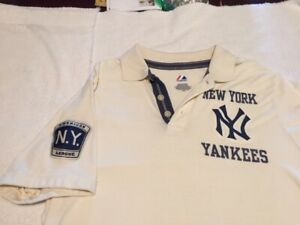 Yankees Polo - Majestic Cooperstown Collection - NWOT - Vintage - Size Large