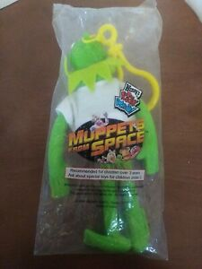 """💥1999 Wendy's Kids Meal MUPPETS IN SPACE KERMIT CLIP-ON Toy 6"""" Unopened💥"""