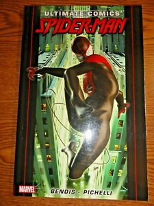 Ultimate Comics Spider-man TPB #1 Miles Morales Ultimate Fallout 4 & 1-5 Marvel