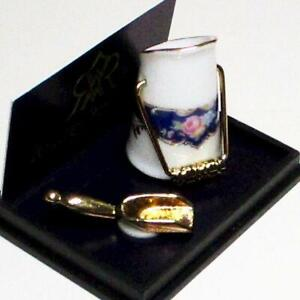 Dollhouse Coal Scuttle 1.763/3 Reutter Blue Royale Miniature