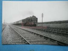 PHOTO  LMS ROYAL SCOT (SCOT) 4-6-0 6140 THE KING'S ROYAL RIFLE CORPS NR RUGBY AP