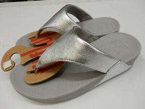 FitFlop Womens LuLu Leather Toepost Silver 9