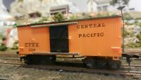 Mantua Tyco Vintage HO Central Pacific Old Time Boxcar, Excellent Lot B