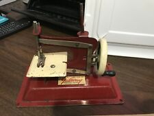 Vintage Gateway Engineering Co. Junior Model NP-1 Sewing Machine Miniature