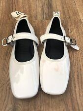 LOEWE  Women's White Leather Ballerina Flat Shoes Size 38 EUR 5 UK