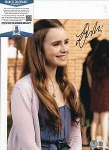 LILY COLLINS signed (THE BLIND SIDE) Collins Tuohy 8X10 photo BECKETT BB34377