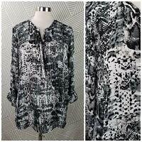 Apt 9 Plus Size 1X 16/18 Top Gray Abstract Animal Snake Print zip Henley career