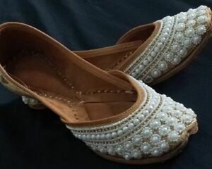 Leather punjabi jutti shoes khussa shoes jaipuri jutti boho shoes formal shoes