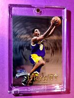 Kobe Bryant FLEER BRILLIANTS CHROME FOIL 1998-99 SPECIAL CARD #70 - Mint!