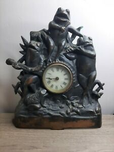 1930's working Mantle Clock Cast Iron And Copper Frogs