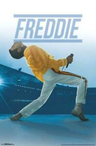 Trends International Queen Freddie Live At Wembley Stadium Poster 22'' x 34''