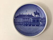 """Royal Copenhagen Denmark Amalienborg Slot 13-2010 Mini Plate, 3"""" Diameter"""