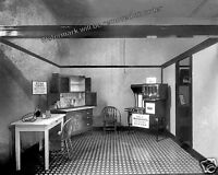 Photograph Vintage Acorn Stove & Cabinet Window Display Washington DC 1919  8x10