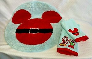 Christmas Disney Mickey Mouse 24 in Round Bathroom Rug Matching Towels