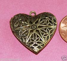 5 Antique Brass Filigree Heart Locket Charm Pendants 25x24x6mm