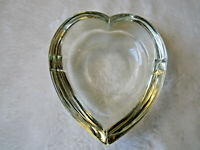 "VINTAGE ART GLASS HEART SHAPED CIGAR ASHTRAY 4""X4 1/4""HEAVY MID CENTURY MODERN"