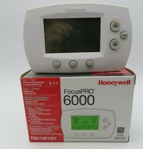 Honeywell FocusPRO 6000 5-1-1/5-2 Day Programmable Thermostat (TH6220D1002)