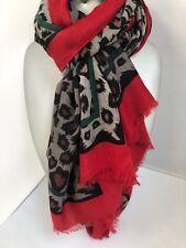 Preciosa Bufanda Grande Estampado de leopardo tonos negro gris con rojo y verde raya Wrap