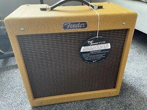 Fender Pro Junior iv 4 LTD Class A Valve Guitar Amp Tube Tweed 15 Watt Combo