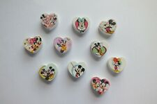 UK 36F 30 LADYBIRD//LADYBUG WOODEN PAINTED BUTTONS 18mm Sewing~Cards~Knitting